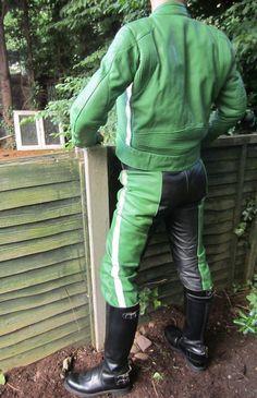 #Polizei #LeatherCop #LeatherDE