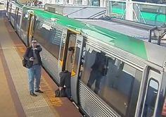 Na Austrália, um incidente cotidiano foi o suficiente para gerar uma ação solidária coletiva. A caminho do trabalho, centenas de pessoas embarcavam em um trem na estação de Stirling, quando um dos passageiros acidentou-se caindo com uma das pernas no vão entre o trem e a plataforma.