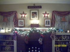 country christmas decorations   Country Christmas 2008 - Living Room Designs - Decorating Ideas - HGTV ...