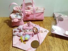 dolls house ooak sculpt baby girl, Fabric Moses Basket, Blanket Etc  1/12 scale