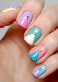 Dressed Up Nails – Pastell beschlagene Chevron Nail Art - DIY Nagel Design Summery Nails, Simple Nails, Get Nails, Hair And Nails, Colorful Nail Designs, Nail Art Designs, Gorgeous Nails, Pretty Nails, Nice Nails