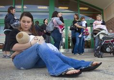 Half of new moms now breastfeed, CDC finds