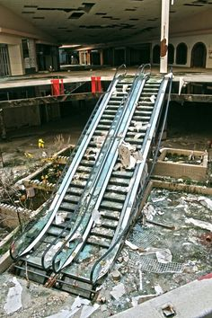 Rolling Acres mall Akron Ohio