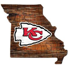 Chiefs Logo, Kansas City Chiefs Football, Wood Logo, Distressed Signs, Shop Fans, Sign Display, Step By Step Painting, Mdf Wood, Wood Species