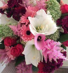 Bouquet of amarylis, roses, germini, trachelium, astilbe and calla by ROSMARINO / Kytice z amarylisu, růží, germini, trachelia, astilbe a kaly