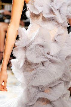 Flowy Organza tulle Dress by Marchesa (Spring 2012).