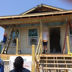At location of Global Village Habitat for Humanity - New Orleans. Giving back to those in need and system and society loves to ignore. At the same putting to practice the skills learned so far. And loving the food sites and food. :) #Habitat4Humanity # NewOrleans #frenchquarter #collaboration #equalization #thoughtfulness #womenincarpentry #womenintrade #womeninconstruction #construction #carpentry #forthepeople #consideration by ann_enigmatic_gardner