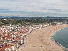 Nazaré, petit village de pêcheurs sur la côte Ouest du Portugal Cabo, Beach, Water, Outdoor, Beaches, Portugal Trip, West Coast, Lisbon, Travel