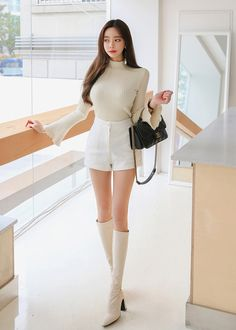 Best New Korean Women's fashion clothing Ideas 1185696599 - Best New Korean Women's fashion clothing Ideas 1185696599 - Source by vquitzonbechtelar ideas korean Ulzzang Fashion, Asian Fashion, Girl Fashion, Womens Fashion, Korean Women Fashion, Girl Outfits, Cute Outfits, Fashion Outfits, Mode Chic