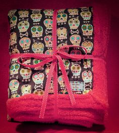 I love this. I need it actually! Adorable Skull Candy Pink Minky Blanket by LulusHouseOfGoodness, $35.00