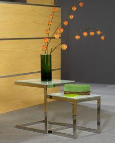 Mesas nidos mod. Seatle II en acero inoxidable , el color de los cristales pueden variar a petición del cliente