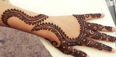 Want to know how to make a chess design by Mehndi (Henna) on your beautiful fingers. Watch this vide Beautiful Arabic Mehndi Designs, Latest Henna Designs, Arabic Henna Designs, Unique Mehndi Designs, Henna Designs Easy, Mehndi Designs For Hands, Henna Tattoo Designs, Bridal Mehndi Designs, Mehandi Designs