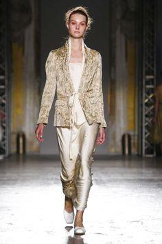 Uma Wang Ready To Wear Spring Summer 2016 Milan