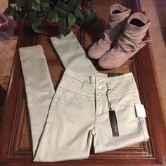 NWT Charlotte Russe Skinny Jeans Sz 4 - Mercari: Anyone can buy & sell
