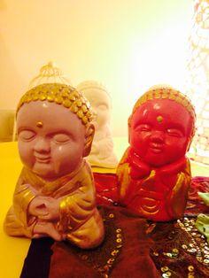 Budas bebes! Grandes y pequeños! Muy kriya!
