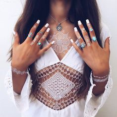 Good morning friends, chic or not?? Jewelry free shipping world wide.✨…