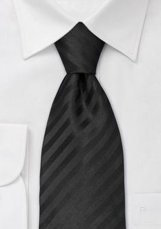 if there is not matching bow tie to the green, groom could wear this or white on white or gray