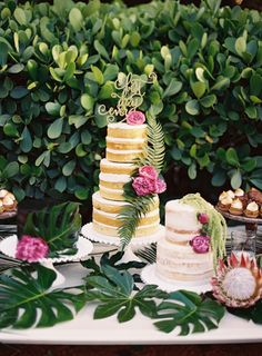 Gorgeous wedding cake!  Photography: Ozzy Garcia