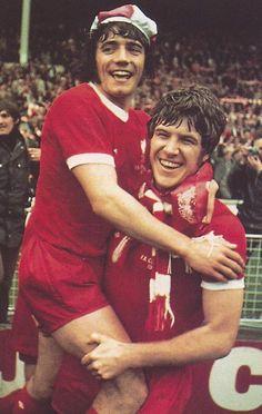 Liverpool Legends, Liverpool Players, Liverpool Football Club, Liverpool History, Emlyn Hughes, Gerrard Liverpool, Soccer Training Drills, Kevin Keegan, Liverpool Fc Wallpaper