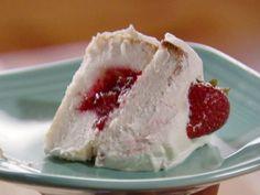 Strawberry Sparkle Cake