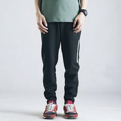 Pantalones deportivos deportivos para hombres Pantalones deportivos de  cintura elástica negra de algodón suelto Cintura Elástica 6d46921802b