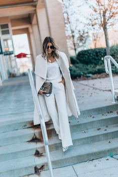 The Best Coat to wear for Fall / Winter (Cella Jane) Autumn Winter Fashion, Fall Winter, Cella Jane, Jeans And Sneakers, Wide Leg Trousers, Winter Season, Wool Coat, Duster Coat, Gray Color