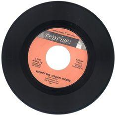 Lou Monte 45 rpm Pepino The Italian Mouse