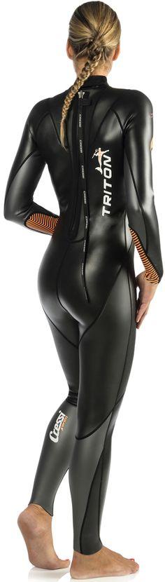 sexy-bitch-wetsuit-bikini-cover-tee