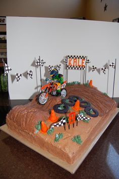 Motor bike cake