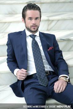 Mens Fashion Smart – The World of Mens Fashion Mens Fashion Suits, Mens Suits, Men's Fashion, Grey Suit Men, Dapper Gentleman, Dapper Men, Scruffy Men, Classic Suit, Business Outfit