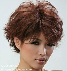 Short hair with fashionable flippy lines and a face-flattering fringe - short flippy hairstyles for women