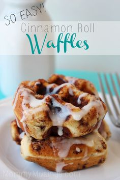 Cinnamon Roll Waffles {Recipe}