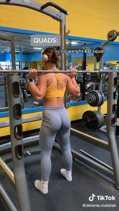 Workout Videos For Men, Gym Workout Tips, Fitness Workout For Women, Fun Workouts, Office Exercise, Gym Essentials, Triceps Workout, Thinspiration, Weights