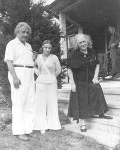 Margot and Albert - Einstein