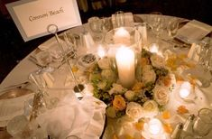 white-wreath-with-pillar-candles-skamania-lodge-francoise-weeks