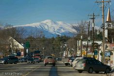 what a wonderful little town North Conway, NH. A little East Coast loving. Quaint and beautiful. Mount Washington in the background. New England States, New England Travel, North Conway New Hampshire, Places To Travel, Places To See, Maine, Mount Washington, Weather Underground, White Mountains