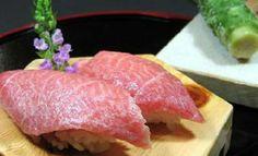 toro (fatty tuna),Daiwa Sushi (tsukiji)