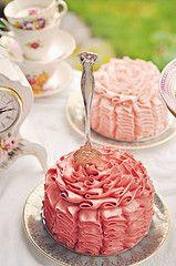 Petite Ruffle Cake ... more for a tea party theme