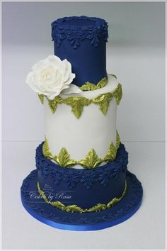 Blue and gold by Cakes by Rasa