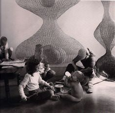 Ruth Asawa and her children at home, photographed by Imogen Cunningham