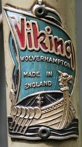 Photos and descriptions of Viking cycle head badges with information on dates and model usage Buy Bicycle, Bicycle Race, Bicycle Parts, Vintage Cycles, Vintage Bikes, Badge Design, Logo Design, Push Bikes, Touring Bike