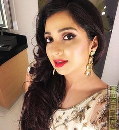 These Sexy Pictures of Shreya Ghoshal Will Keep You Up All Night. All Indian Actress, Indian Actress Gallery, Indian Actresses, Beautiful Love Pictures, Beautiful Girl Photo, Gorgeous Women, Shreya Ghoshal Hot, Bhojpuri Actress, Bollywood Actress Hot Photos