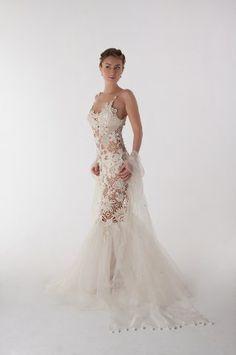 Crochet wedding dress (Svetlana Pushkina)  A little too revealing without the underdress, but beautiful!
