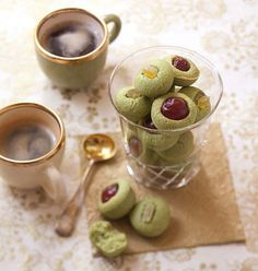 Yummy Treats, Delicious Desserts, Yummy Veggie, Good Food, Yummy Food, Sweet Pastries, Biscuit Cookies, Matcha Green Tea, Afternoon Tea