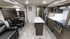 Wildwood Heritage Glen LTZ 326RL Fifth Wheels / Travel Trailers by Forest River RV