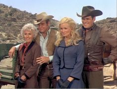 Barbara Stanwyck, Lee Majors, Linda Evans and Peter Breck  <3  The Big Valley