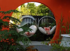 Mid Century Modern Suspended Seating - Best Low Cost Garden Hampton Court 2013