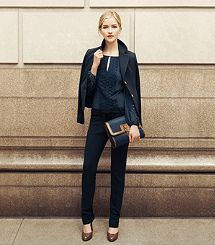 I seriously LOVE a Navy Suit