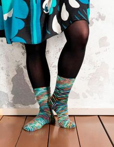 Räsymattosukat | Meillä kotona High Socks, Knitting, Fashion, Moda, Thigh High Socks, Tricot, Fashion Styles, Stockings, Breien
