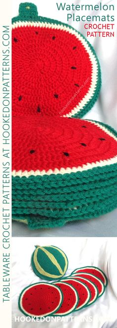Crochet Patterns Poncho Watermelon Placemats Crochet Pattern – Table Crochet from Ling Ryan at HookedOnP… Crochet Kitchen, Crochet Home, Love Crochet, Crochet Gifts, Diy Crochet, Modern Crochet Patterns, Crochet Poncho Patterns, Knitting Patterns, Crochet Projects